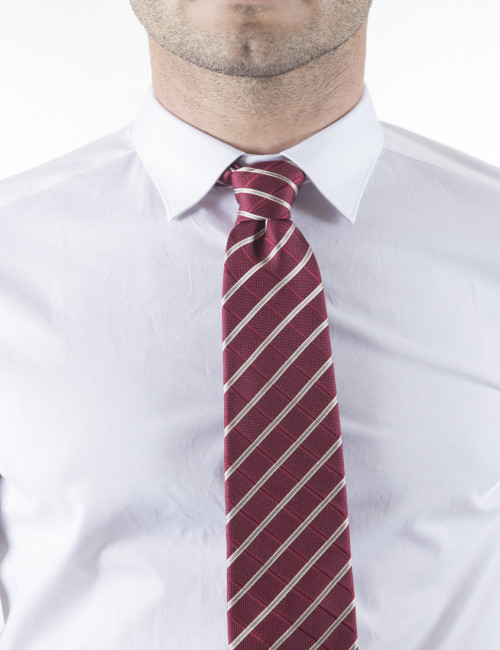 Cravatta Hugo Boss in pura seta