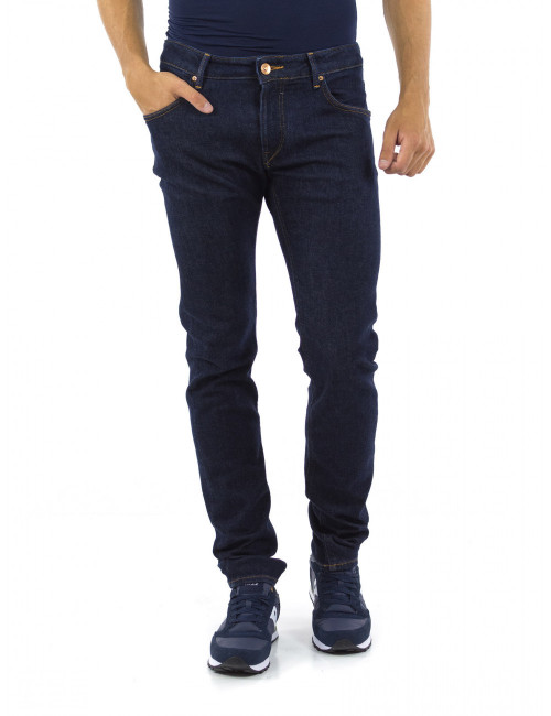 Jeans Hand Picked