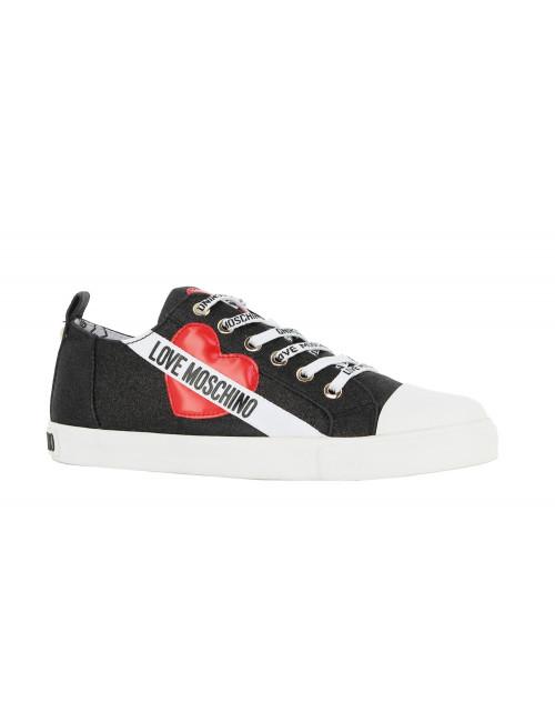 Sneaker Love Moschino